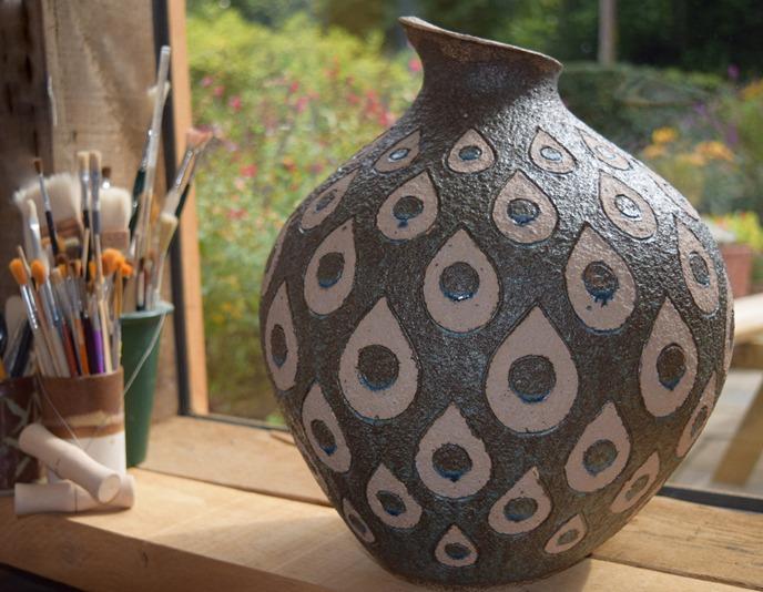 Ceramic Art Whitway - Sally Courage pot ceramic