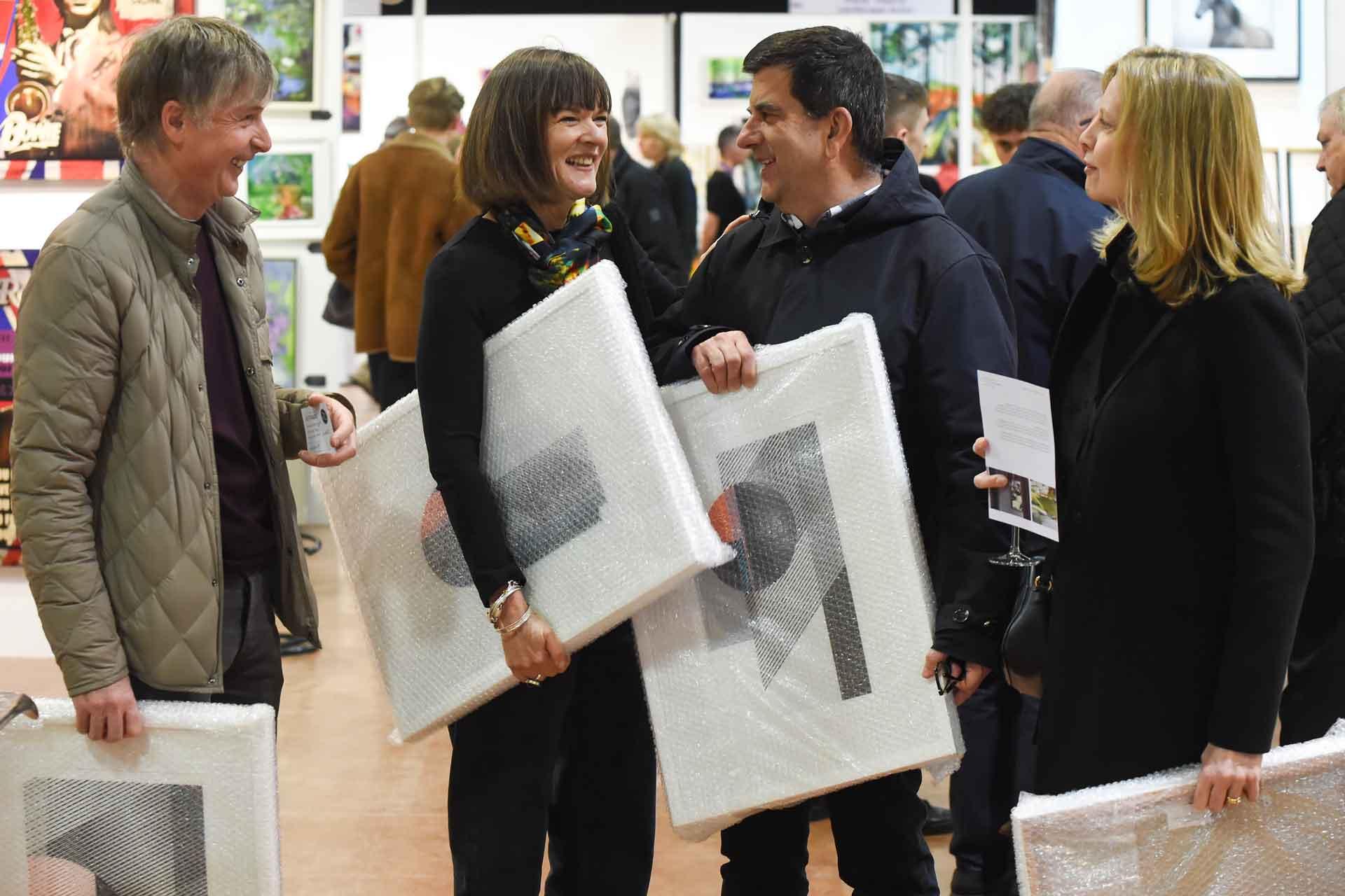 Contemporary Art Fairs SP19-175